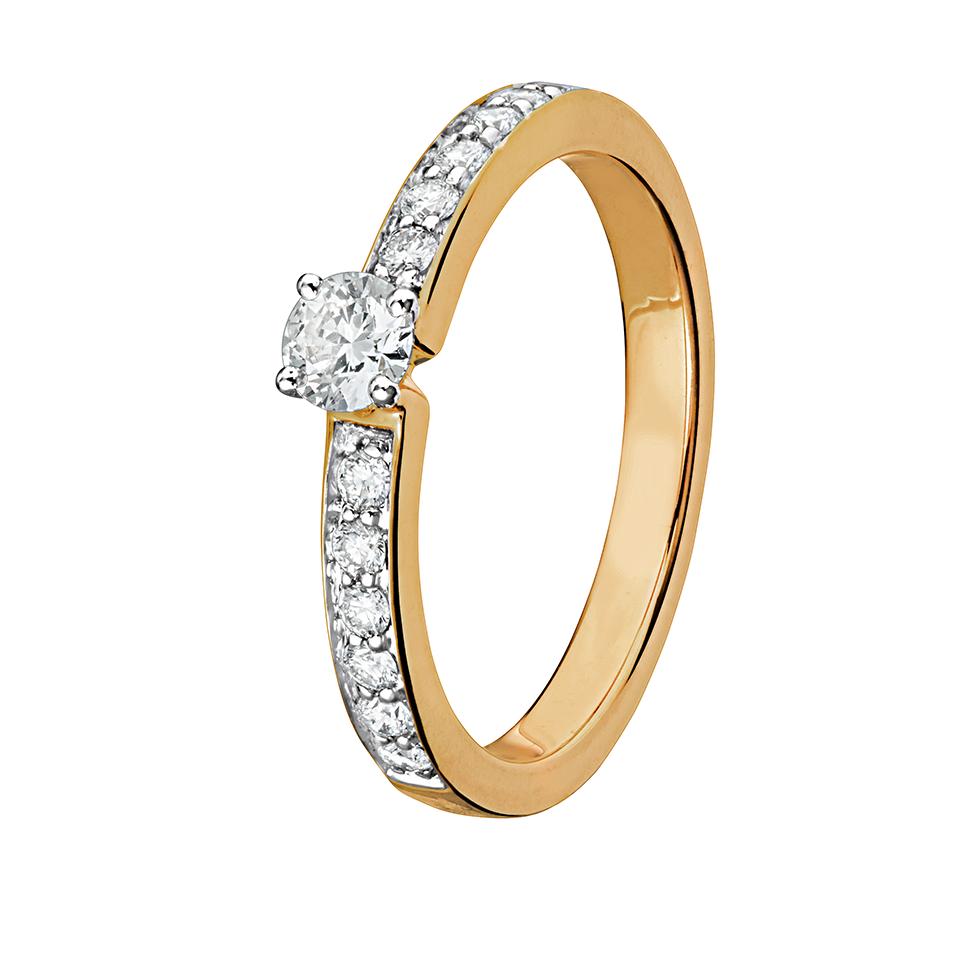 Diamantring i 18K guld, 15.5